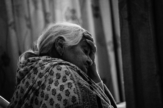 black-and-white-elderly-frustrated-12971
